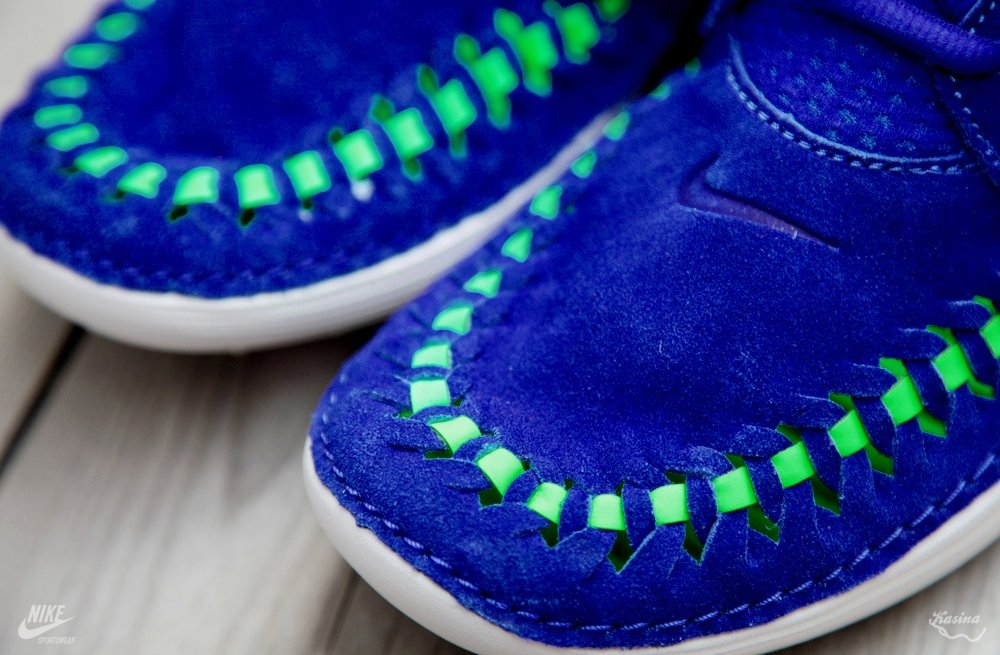 nike-solarsoft-moc-woven-hyper-blue-poison-green-04